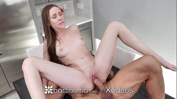 Coroas gostosas – Sexo violento na cozinha